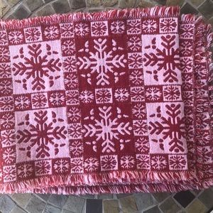 Christmas Runner Red Snowflakes